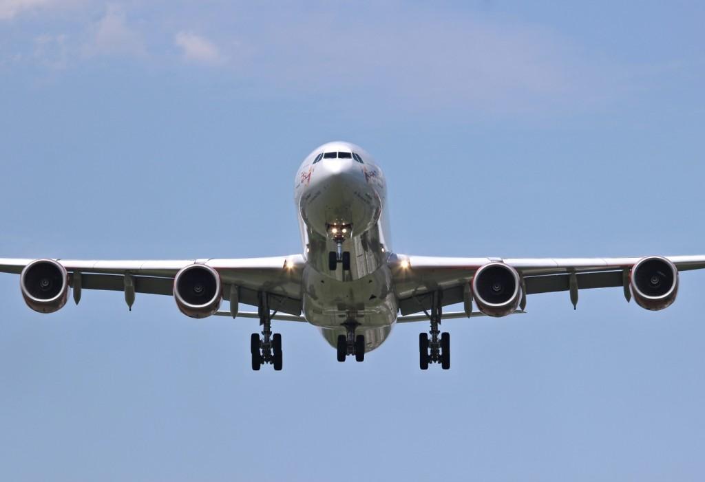 USA-AIR 042