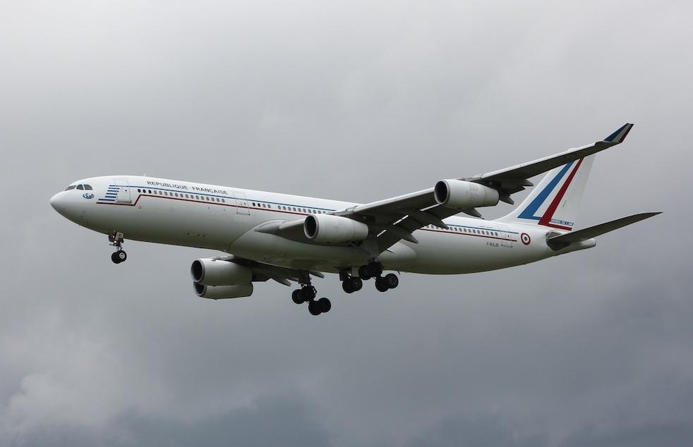 a340-211-f-rajb-french-air-force-ctm-praha-ruzyne-prg-lkpr